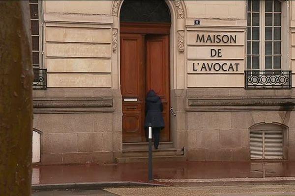 La maison de l'avocat, 8 place Winston Churchill à Limoges, accueille une permanence de l'Union Départementale des Actions Familiales 3 fois par semaine