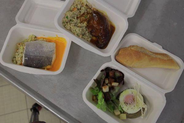 Un menu complet à 15 euros est proposé tous les jours par le Collectif Restos pendant le confinement.