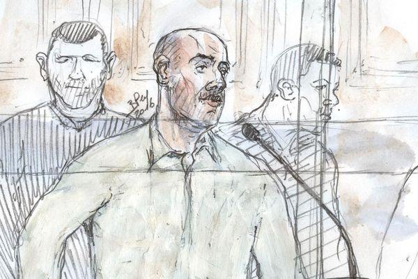 Redoine Faïd (dessiné ici lors de son procès à Paris en 2016) sera jugé en appel à Saint-Omer à partir du 27 février 2020.