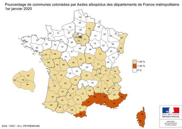 Dans les départements du sud de la France, le moustique tigre se développe.