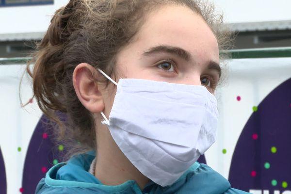 Ilune Dufau est la première française a bénéficier d'un nouveau traitement expérimental à Montpellier pour soigner sa maladie génétique dégénérative très rare.