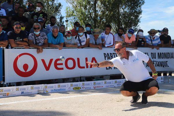 Patrice Grégori pointe lors du 16e de finale.