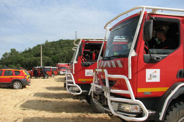 Les sapeurs-pompiers du Sud Ouest doivent rester cinq jours dans la région Paca