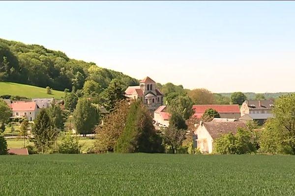 Le village de Pernant dans l'Aisne situé en zone blanche
