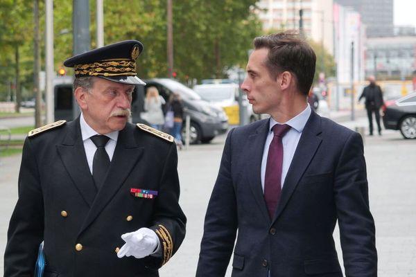 Le préfet du Nord Michel Lalande et le nouveau secrétaire d'État aux Transports Jean-Baptiste Djebbari
