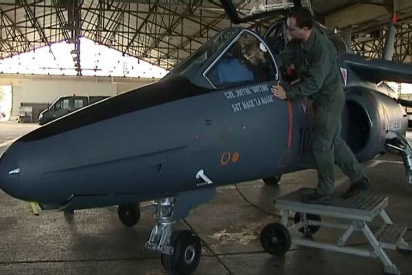 Les légendaires Alphajets servaient à l'entraînement des pilotes et participaient à des exercices (archives)