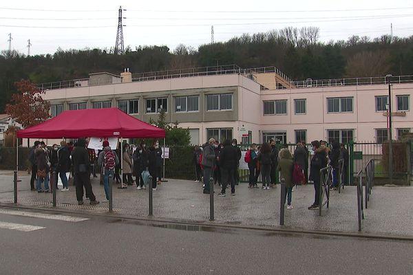 Givors : colère et grève au collège Paul Vallon - 1/2/2021