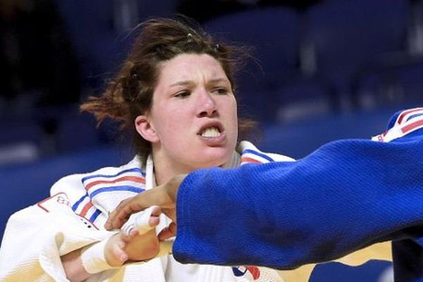 Hélène Receveaux, licenciée à l'USOLJJ remporte la médaille d'argent au Paris Grand Slam  en -57 kg