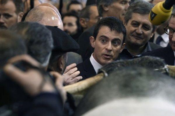 Le Premier ministre Manuel Valls au Salon de l'agriculture lundi 29 février 2016.