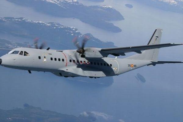Avion bimoteurs de type CASA C-295 semblable à celui qui s'est écrasé en Lozère - archives