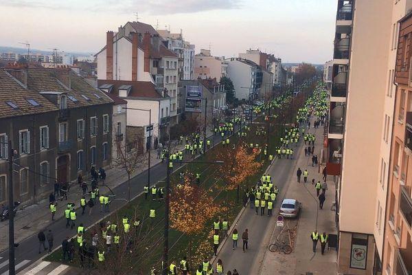 "La manifestation des ""gilets jaunes"" à Dijon samedi 17 novembre 2018"