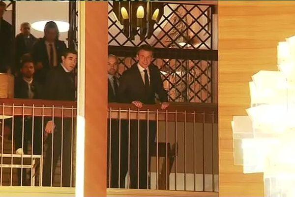 E. Macron dans une courte apparition après son entrevue avec Laurent Wauquiez