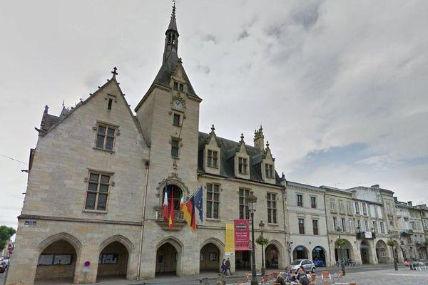 Les familles ont été reçues par le procureur à la mairie de Libourne.