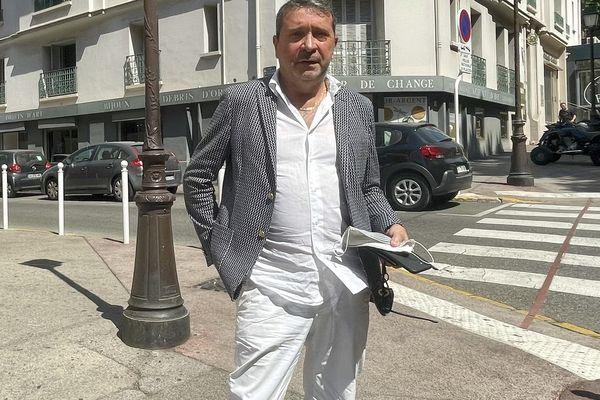 Michel-Ange Flori : Un afficheur habitué des provocations.