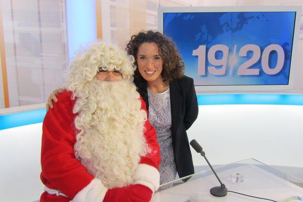 Le Père Noël en compagnie de Marie-Sophie Lacarrau