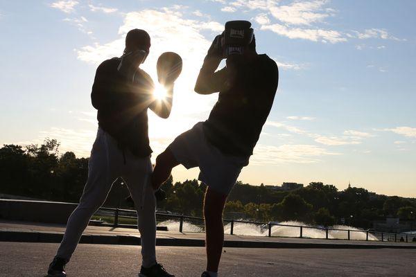Ricardo Salas Rivera, Président du comité rhodanien de savate boxe française, est à l'origine de la pétition réclamant l'autorisation de pratiquer à nouveau les sports de combat pour les amateurs.