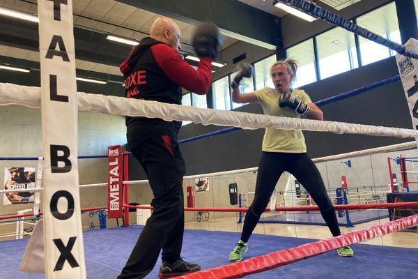 Sur le ring, même à l'entraînement, Sandra Morcet ne fait pas semblant