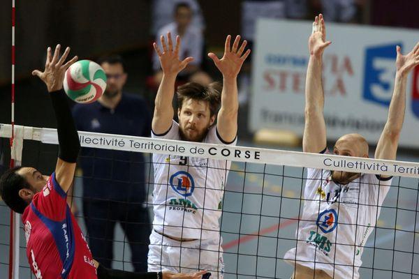 Volley/Ligue A - Comme en demi-finale l'aller, les Tourangeaux se sont montrés plus solides que les Ajacciens.