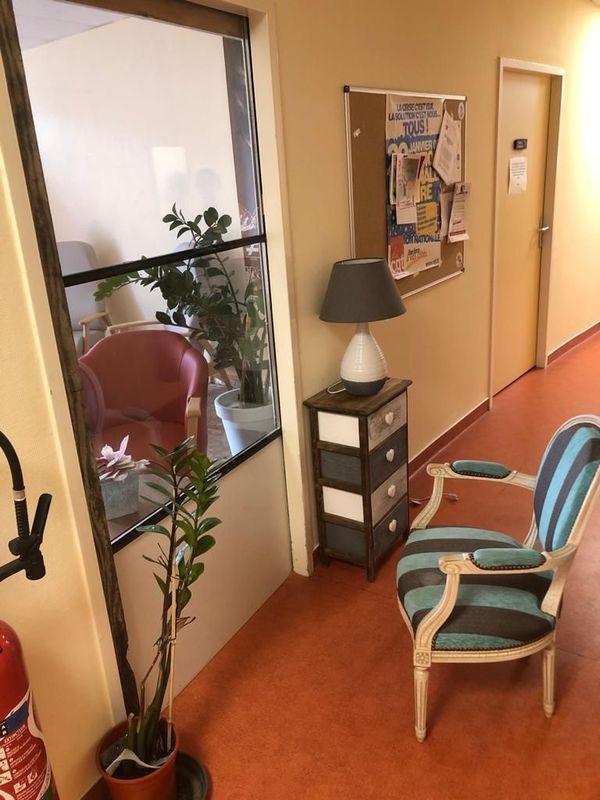 A l'EHPAD d'Objat en Corrèze, un parloir parfaitement étanche garantit une sécurité maximale pour les résidents.