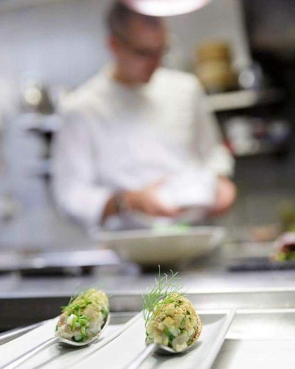 Le chef étoilé du Lièvre Gourmand Tristan Robreau.