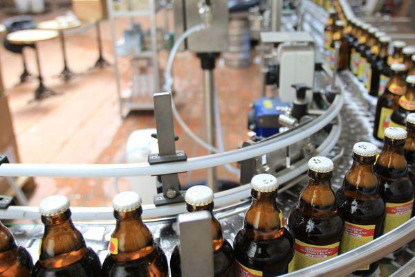 Photo d'illustration. La Rousse du Mont-Blanc est une bière ambrée aux trois malts.