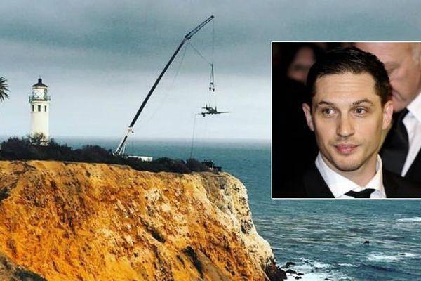 """Tom Hardy incarne un pilote de Spitfire dans le film """"Dunkirk"""" de Christopher Nolan."""