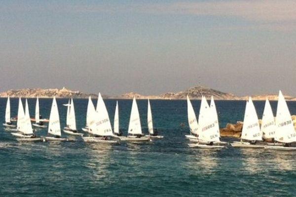 Les concurrents dans la rade de Marseille