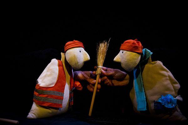 Du Balai !  Un spectacle de la Cie La Bobêche le 15 septembre à La Rotonde du Théâtre de Laval