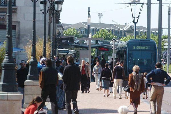 L'accident s'est produit devant la gare