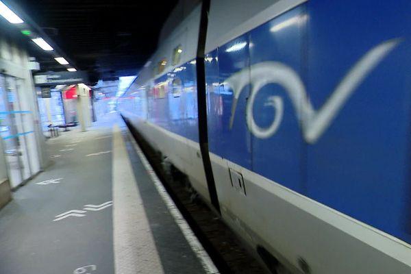 4 novembre 2020 –  Gare de Rouen : première rame de TGV en renfort sur la ligne Le Havre-Paris