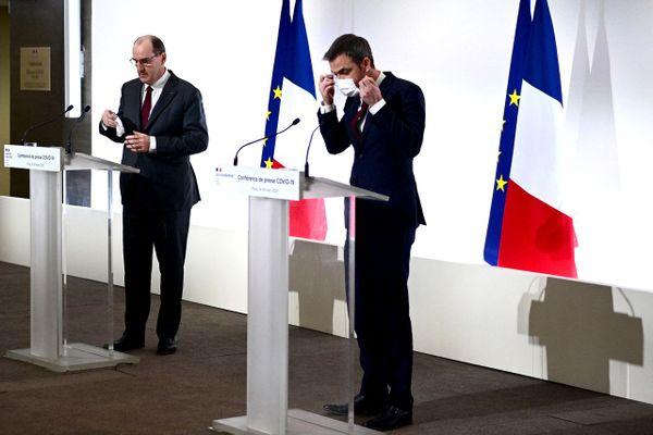 Jean Castex et Olivier Véran annonce de nouvelles restrictions à partir de ce week-end.