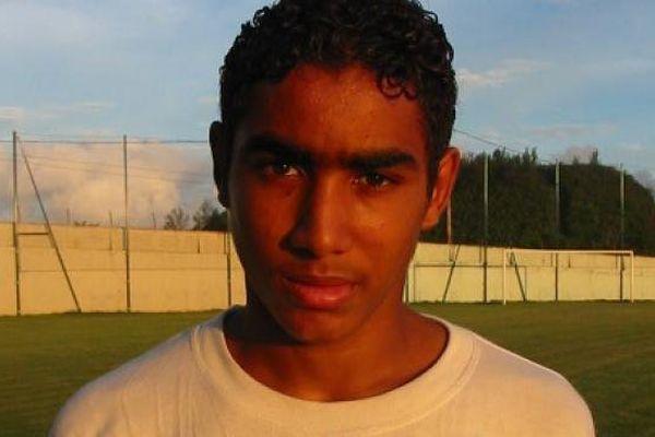 Dimitri Payet, à l'époque à La Réunion, au club de l'AS Excelsior.