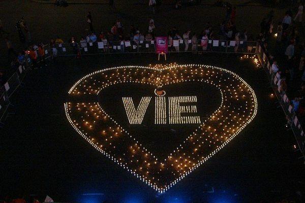 Campagne pour le don d'organe en 2003 à Paris.