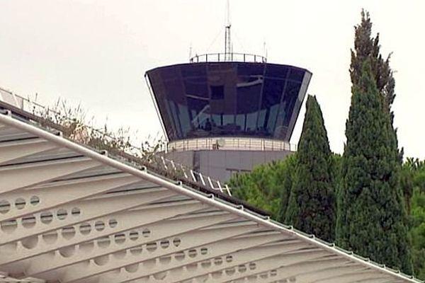 Montpellier - la tour de contrôle de l'aéroport - 2014