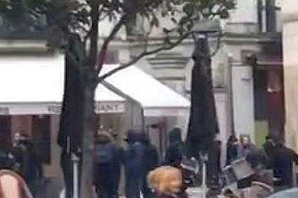 Les échauffourées entre ultras d'Orléans et de Tours vendredi 23 février à 18h00 place Plumereau