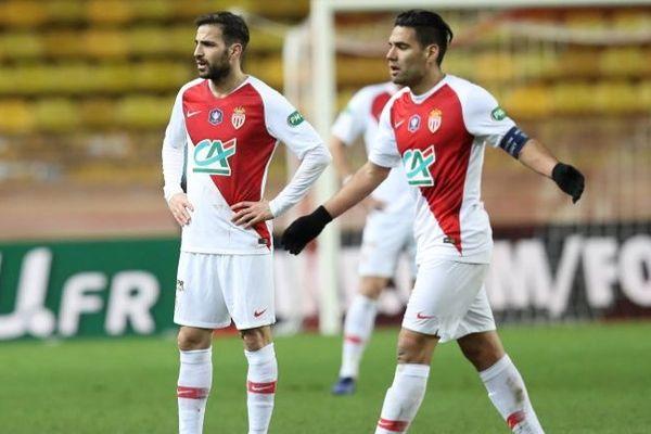 Les monégasques Cesc Fàbregas et Radamel Falcao dépités.