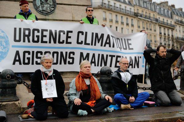 De plus en plus de citoyens se mobilisent afin d'inciter les politiques publiques à agir face à l'urgence climatique. Photo d'illustration