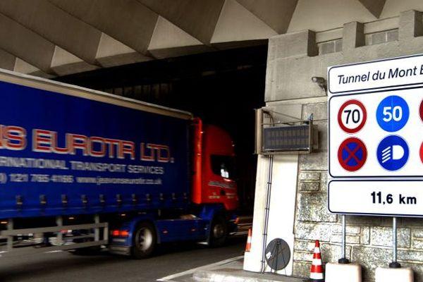 entrée du tunnel du Mont-Blanc/ image d'illustration