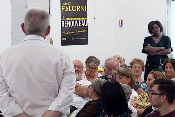 Une campagne en jaune et noir pour Olivier Falorni pour les municipales de 2020.