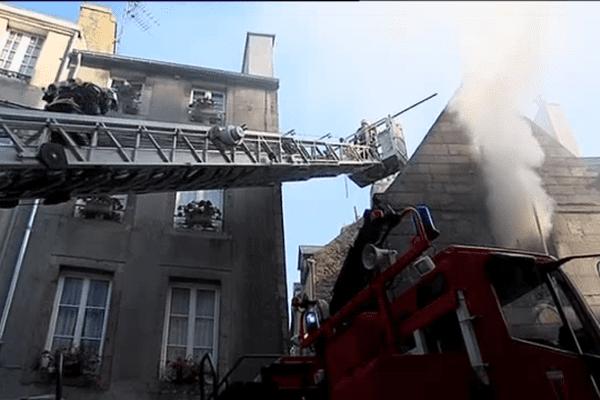 3 camions incendie ont été déployés dans la vieille ville
