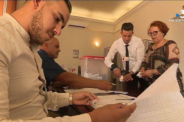 Ce dimanche 15 septembre, se sont tenues les élections présidentielles tunisiennes. En Corse, les 770 inscrits ont pu voter à Ajaccio et Ghisonaccia.
