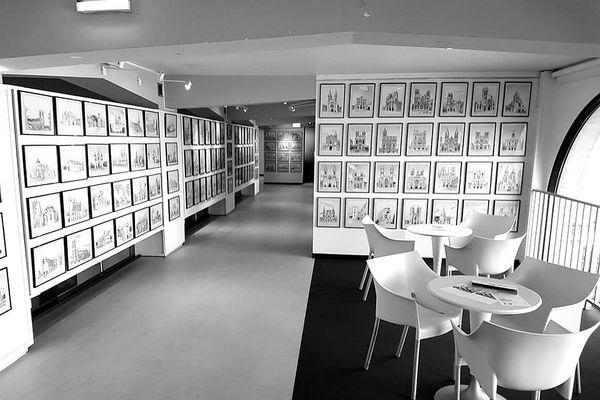 """A Laon, la galerie, """"la Malle"""" a consacré une exposition aux dessins de cathédrales de Yann Messence."""