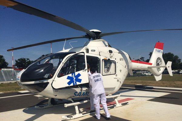 Le blessé est arrivé à Rennes par hélicoptère.