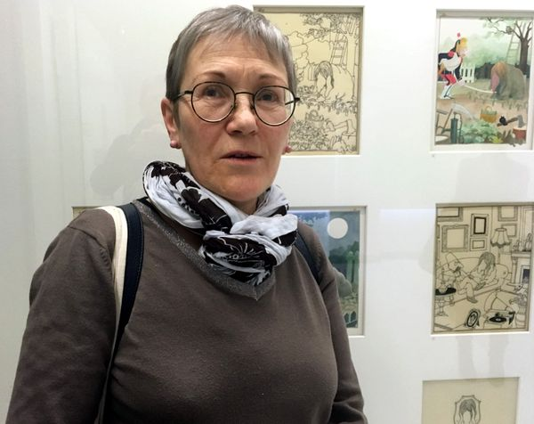 """""""Je découvre qu'il a voyagé, qu'il a eu plusieurs vies"""" explique Françoise, 50 ans, enseignante"""