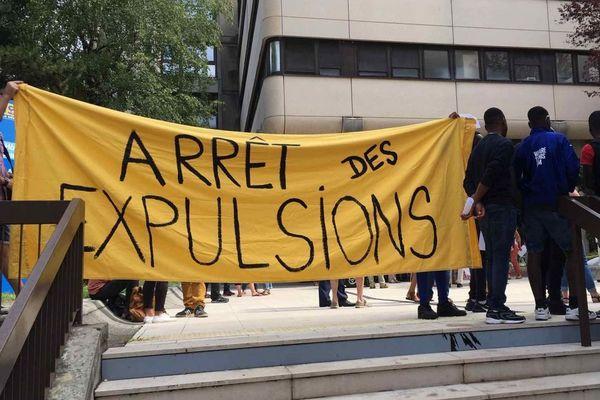 Une manifestation pour les droits des majeurs étrangers est organisée ce mercredi après-midi à Grenoble. (Archives)