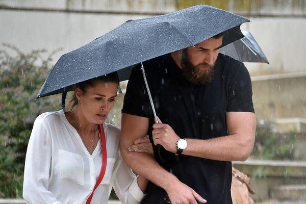 Jennifer Priez et Luka Karabatic lors du procès des paris suspects du MAHB à Montpellier le 16 juin 2015