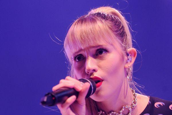 Angèle, l'une des artistes qui a confirmé sa participation au festival Pause Guitare 2021