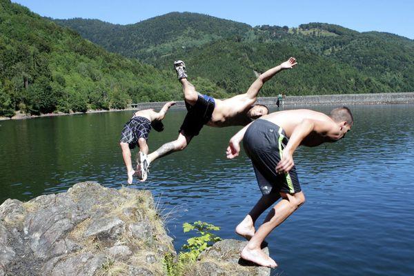 Baignade surveillée au lac de Reiningue proche de Mulhouse.