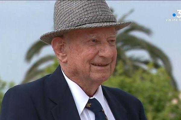 8 Mai 1945 - A Ajaccio, les souvenirs du vétéran Herbert Biggs de la Royal Australian Air Force.