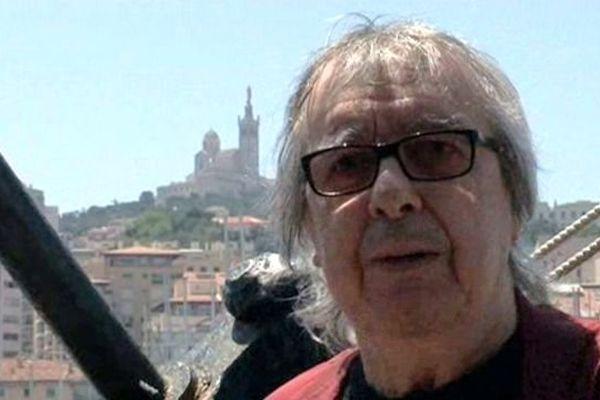 Bill Wyman, ex-bassiste des Rolling Stones a 74 ans.